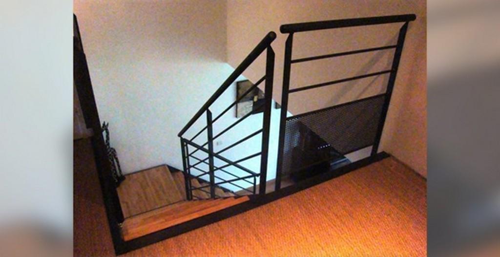 escalier et garde corps villac peinture. Black Bedroom Furniture Sets. Home Design Ideas